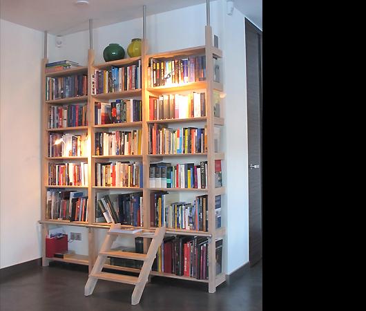 Boekenkast met trapje